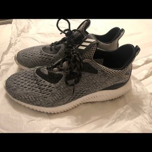 Adidas Alpha Bounce Running Shoes (9.5)